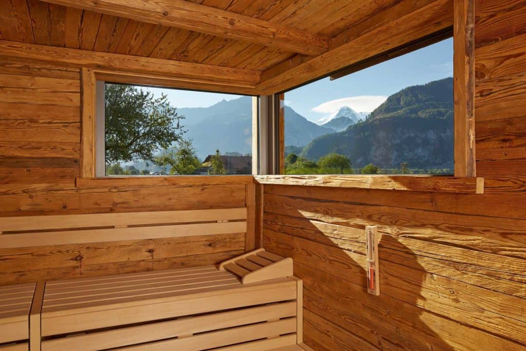 SALZANO Hotel - Spa - Restaurant in Interlaken / Wellness - Alpin Spa - Panorama Aussensauna mit Eiger Blick - Finnische Sauna Interlaken