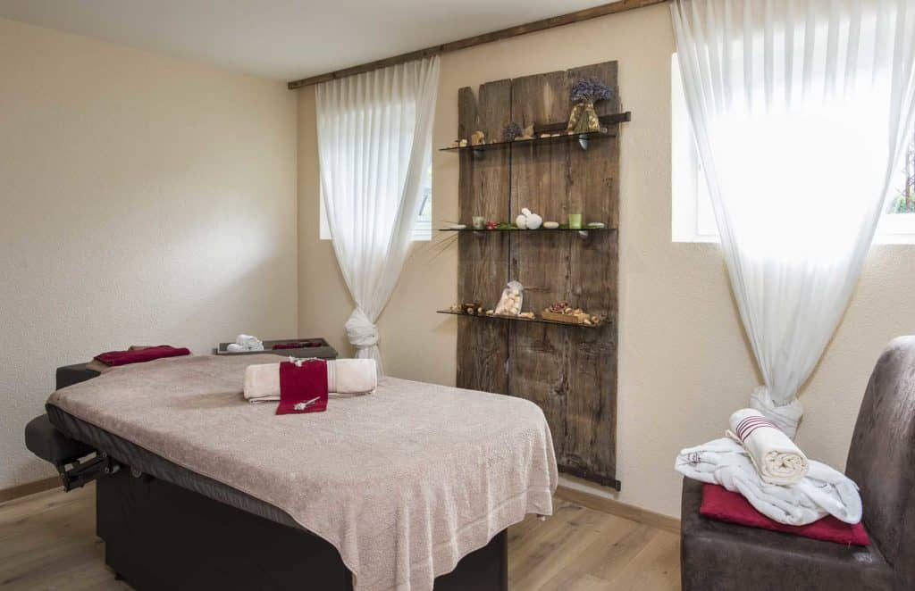 SALZANO Hotel - Spa - Restaurant in Interlaken / Wellness - Beauty Raum, Massage